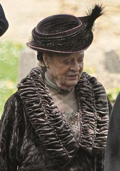 Downton Abbey series 4 filming  Dame Maggie Smith on set