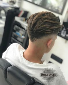 Haircut short hair undercut for girls trendy ideas Haircut short hair undercut for girls tre Undercut Pixie Haircut, Mens Hairstyles Pompadour, Undercut Hairstyles, Fade Haircut, Undercut Pompadour, Haircut Men, Men Undercut, Haircut Short, Haircut Medium
