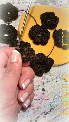 Jamás tus tejidos serán iguales entre sí. Laura Barrios.: Muchas flores al crochet.