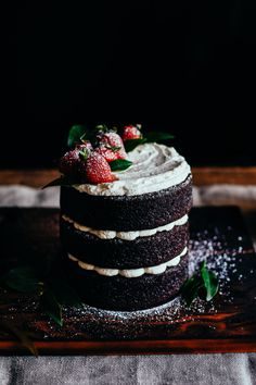 chocolate cake with mascarpone frosting