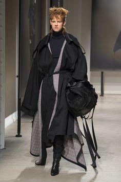 Juun.J Fall 2018 Menswear Fashion Show Collection