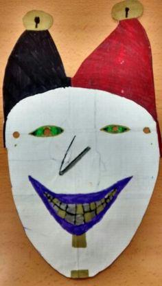 Pocas cosas me han resultado tan inquietantes como esta màscara creada por Àngel...