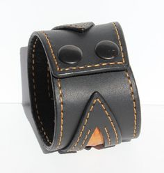 e30ba2ea9a27 Black Leather Cuff Bracelet Orange Leather Wristband Bikers Muñequeras De  Cuero