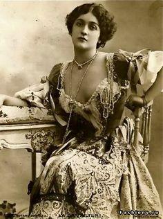 Лина Кавальери. (1874 - 1944) Куртизанка