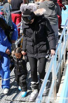 Khloe Kardashian wearing Anon Optic Comrade Snow Goggles in Dredrum, Hestra Leather Fall Line Gloves, Fendi Stretch-Scuba Jersey Ski Leggings, Sorel Caribou Boots in Buff and Sorel Caribou Parka