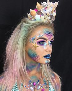 Korallenriff Kostüm selber machen Inspiration, all accessories and a make-up guide so you can make your own coral reef costume. Makeup Art, Eye Makeup, Makeup Ideas, Makeup Tips, Hair Makeup, Body Makeup, Makeup Products, Make Up Guide, Mermaid Halloween Costumes