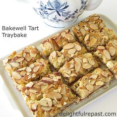I do love a pretty wedge of Classic Bakewell Tart (with a nice cup of tea, of course! Tray Bake Recipes, Tart Recipes, Almond Recipes, Sweet Recipes, Baking Recipes, Snack Recipes, Dessert Recipes, Bakewell Traybake, Bakewell Tart