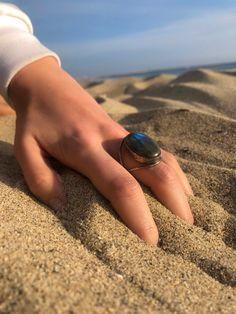 Hand Modeling, Stone, Instagram, Rock, Stones, Batu