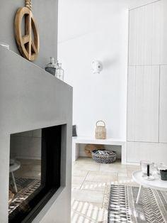 Witte stoere basis voor in de woonkamer