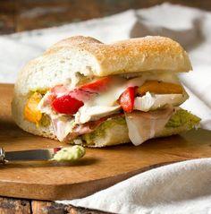Easy Lunch #Recipe: Roasted Red Pepper, Chicken & Mozzarella Sandwich