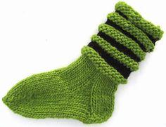 Loopy Lovikka socks/Vågiga Lovikkasockor pattern by Ann Linderhjelm
