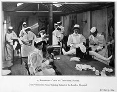 A bandaging class at Tredegar House, 1906.