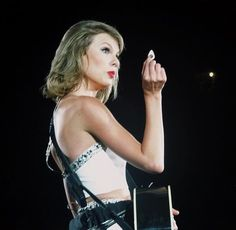 "Taylor Swift - 1989 World Tour - Minute Maid Park - Houston, Texas - September 09, 2015 - ""Guitar pick, anyone""?"