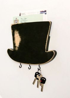 Top Hat Key Hook-- i'd want to put more hooks on there and use for my necklaces
