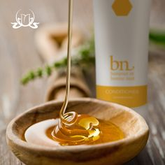 Take care of yourself from the inside and out! #Honey 🍯 is incredible for your skin thanks to its antibacterial properties and a hefty serving of skin-saving antioxidants. Furthermore, honey can help you regain a glow on your skin!   #naturalcosmetics