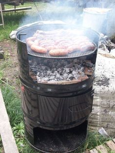 "Discover thousands of images about See our internet site for more relevant information on ""built in grill ideas"". It is actually a great place to find out more. Oil Drum Bbq, Parrilla Exterior, Barrel Grill, Brick Bbq, Diy Grill, Outdoor Stove, Outdoor Fire, Metal Drum, Barrel Furniture"