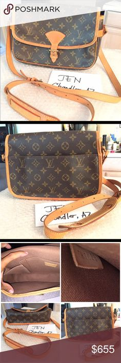 Aut Sologne Louis Vuitton Monogram Sologne Sling Bag. Date Code TH1028 Manufactured in France December Year 2008. It's clean and smells clean interiorly. The exterior it's in good normal wear condition. The leather still smooth no flacking or cracking besides the slight dirt on the Leather vent holes. The hardware gold plated brass are sturdy attached on the leather. Few minimal signs of wear but this Iconic high demand sling bag Louis Vuitton bag is in good condition.. Measurements W 10.2 ×…