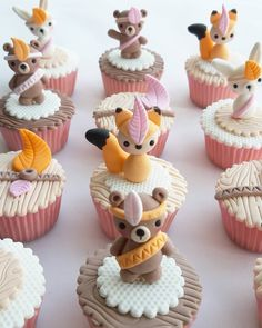Animal Cupcakes, Cute Cupcakes, Cupcake Toppers, Cupcake Cakes, Cap Cake, Woodland Cake, Jungle Cake, Fiesta Baby Shower, Fall Cakes