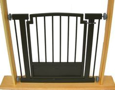 The Kings Weave Dog Gate
