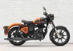 Shiva, Bullet Bike Royal Enfield, Scooter Shop, Enfield Classic, Beautiful Landscape Wallpaper, Motorcycle Shop, Four Wheelers, Car Museum, Premium Cars