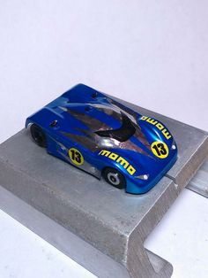 Custom painted lexan body, fits BSRT or Viper chassis.