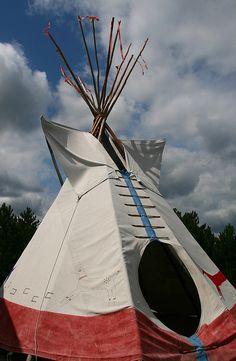 Indian Tipi, Museum of the North American Indian at Crazy Horse Memorial, Custer, South Dakota. Sioux, Native American Wisdom, Native American Indians, Nebraska, Wyoming, Cherokee, Missouri, Indian Teepee, South Dakota Travel