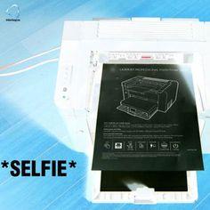 Anche la stampante vuole il suo selfie!