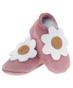 Papush My Little Flower Baby Shoes Tigers Eye Necklace, Daisy Girl, Cute Girl Outfits, Baby Online, Memorable Gifts, Felt Crafts, Flower Designs, Pink Color, Pink Flowers
