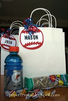 Happy Monday everyone! These are the goodie bags that I made for my son's baseball team on opening day. Baseball Dugout, Baseball Playoffs, Travel Baseball, Baseball Tournament, Baseball Boys, Baseball Birthday, Baseball Party, Baseball Season, Softball Party