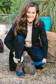Cuddling penguins at