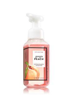Georgia Peach Gentle Foaming Hand Soap - Bath And Body Works Orange Bathrooms, Peach Bathroom, Bath And Body Works Perfume, Perfume Body Spray, Peach Rooms, Peach Aesthetic, Little Peach, Wax Warmers, Bath And Bodyworks