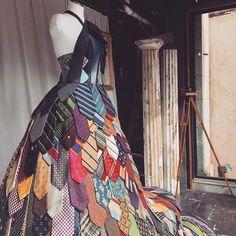 "304 Likes, 8 Comments - Витринистика / Window Displays (@vitrinistika) on Instagram: ""Люблю я такие вещи... by @bybirdie from @ebmnewhaven #tie #necktie #mannequin #vitrinistika…"""
