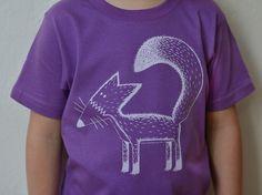T-Shirts - Franzi Fuchs bio T-shirt 86-116 lila Cmig - ein Designerstück von Cmig bei DaWanda