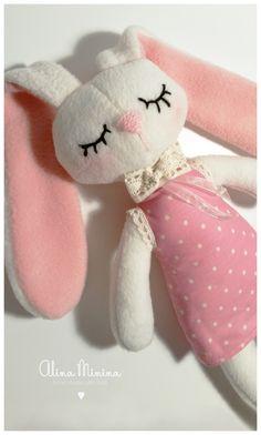 Сплюшка, флисовый зайка, игрушка для сна, спящий зайка, игрушка для ребенка, hand made by Alina Minina