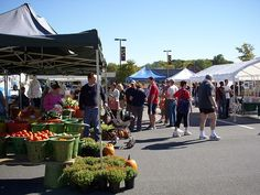 Sunday is Market Day at Olney Farmers and Artists Market in Maryland 9am - 1pm on grounds of Montgomery General Hospital Thrift Shop at Route 108 and Prince Philip Drive http://www.farmersmarketonline.com/fm/OlneyFarmersandArtistsMarket.html