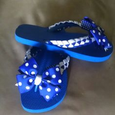 Blue & white polka dots!