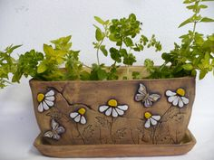 DIY Gifts, Garland, Birthday, Valentines Day, Pottery and Ceramic Planters, Ceramic Clay, Ceramic Vase, Pottery Painting, Pottery Art, Clay Projects, Clay Crafts, Slab Ceramics, Pottery Classes