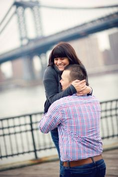 Brooklyn Bridge surprise Engagements » NYC based photographer, Sascha Reinking Photography, color photos, promenade