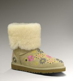 #Ugg                      #women boots              #UGG� #Embroidery #Women #Boots #UGGAustralia.com   UGG� Embroidery Mid for Women | Mid Boots at UGGAustralia.com                                           http://www.seapai.com/product.aspx?PID=1061930
