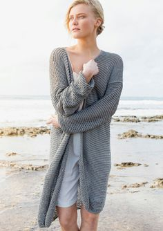 Lang jakke Crochet Cardigan, Knit Crochet, Outfit Stile, Raglan Pullover, Pullover Design, Knitting, Sweaters, Cardigans, Pattern