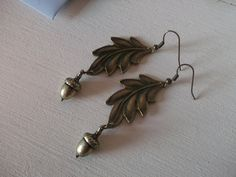The Hobbit Inspired Acorn and Leaf Earrings. £6.50, via Etsy.