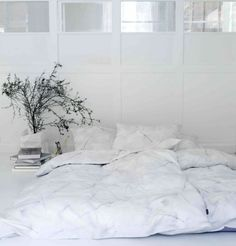 the prettier version of the way my bedroom currently looks (bed on the floor...)