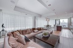 77 Charles St West Toronto Suite 1402 Yorkville Luxury 2 Bedroom Condo Huge Terrace For Lease Yorkville Toronto, Bedroom Corner, Luxury Condo, Corner Unit, Floor To Ceiling Windows, Built In Storage, Dining Bench, Terrace, Hardwood Floors