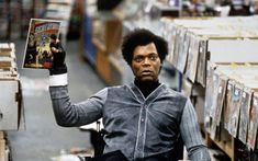 From Unbreakable, Bruce Willis returns as David Dunn as does Samuel L. Jackson as Elijah Price, known also by his pseudonym Mr. The new look fr. Samuel Jackson, 2 Samuel, Bruce Willis, Film Serie, Greg Kinnear, Kristin Scott Thomas, Viggo Mortensen, James Mcavoy, Glass