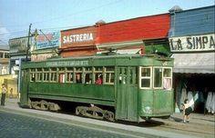 Chile, Santiago. Tranvía en calle San Pablo con Matucana de Santiago, año 1963