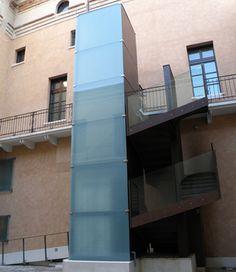 Exterior elevators