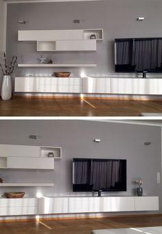 Eine sehr schicke Wohnwand von Livitalia bei einem zufriedenen Kunden Daheim. Wir freuen uns, wenn wir auch Ihnen helfen können Ihre wünsche zu realisieren. #Wohnwand #wallsystem #Lowboard #Livarea #Regal #Wohnzimmer #livingroom #modern #elegant #minimalistisch #minimalism #wohnstil #wohnideen #wohntrend #trend #home #einrichten #wohnen #interiordesign #interiordecorating #zeitlos #Inneneinrichtung #Innenarchitektur