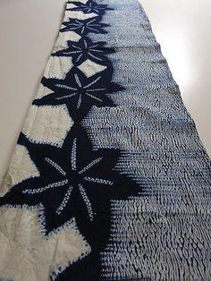 I like the star pattern and the use of non-identical patterns Shibori Fabric, Shibori Tie Dye, Fabric Art, Fabric Crafts, Cotton Fabric, Kimono Fabric, Japanese Textiles, Japanese Patterns, Japanese Fabric