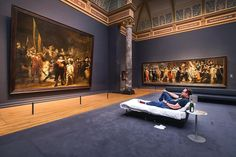 The Rijksmuseum just welcomed its 10 millionth visitor, four years after its grand reopening in 2013. Stefan Kasper from Haarlem (the Netherlands) was treated to a surprise reception by the museum staff. General Director Taco Dibbits welcomed him in person with a unique surprise. Tonight, Stefan will spend the night in the Night Watch Gallery, and sleep under the watchful gaze of the guardsmen in Rembrandt's most famous painting.  #rijks10mio #rijksmuseum