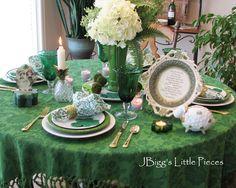 http://jbiggslittlepieces.blogspot.com/2012/03/eggs-on-top-tablescape.html